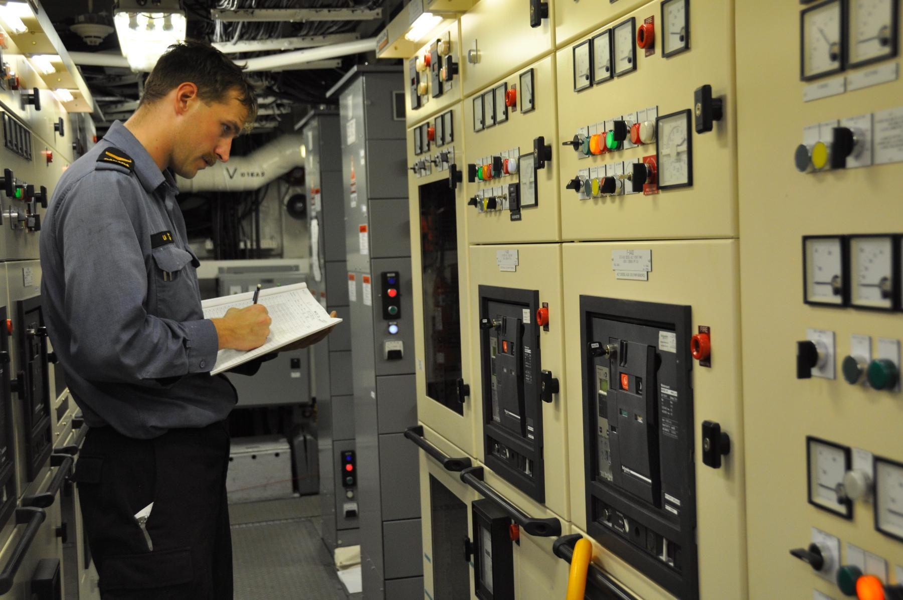 Leading Seaman Kyle Uhlig