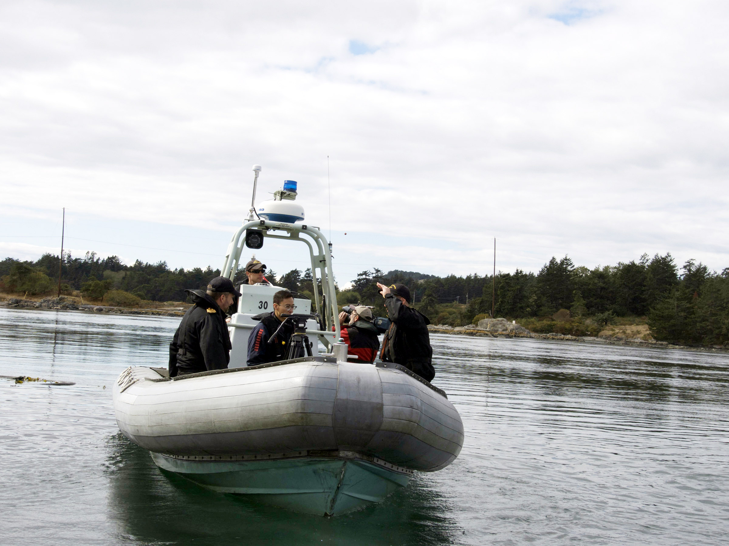 Members of Naval Fleet School (Pacific) set off two charges of C4 explosives via remote control during a demolition demonstration on Bentinck Island.