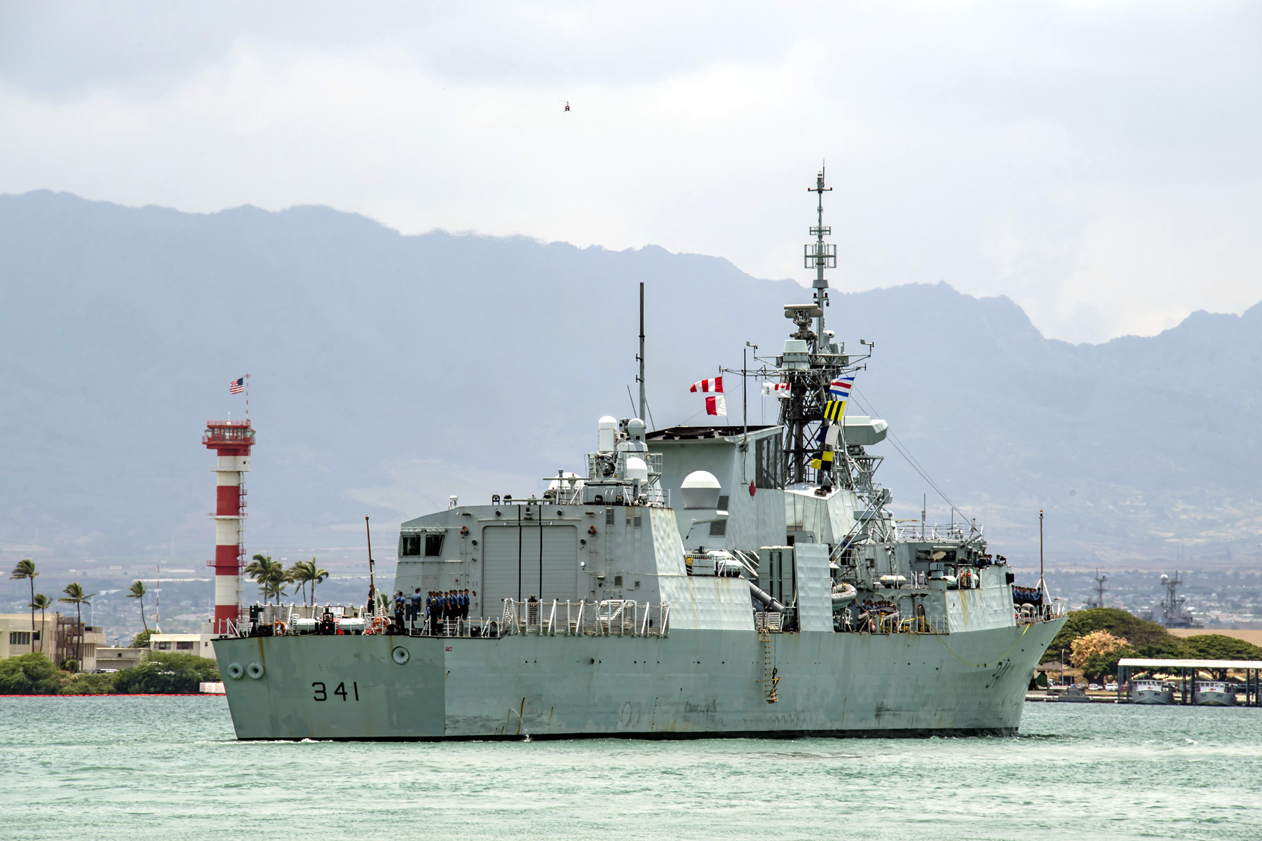 HMCS Ottawa departs Pearl Harbor, Hawaii, for RIMPAC.