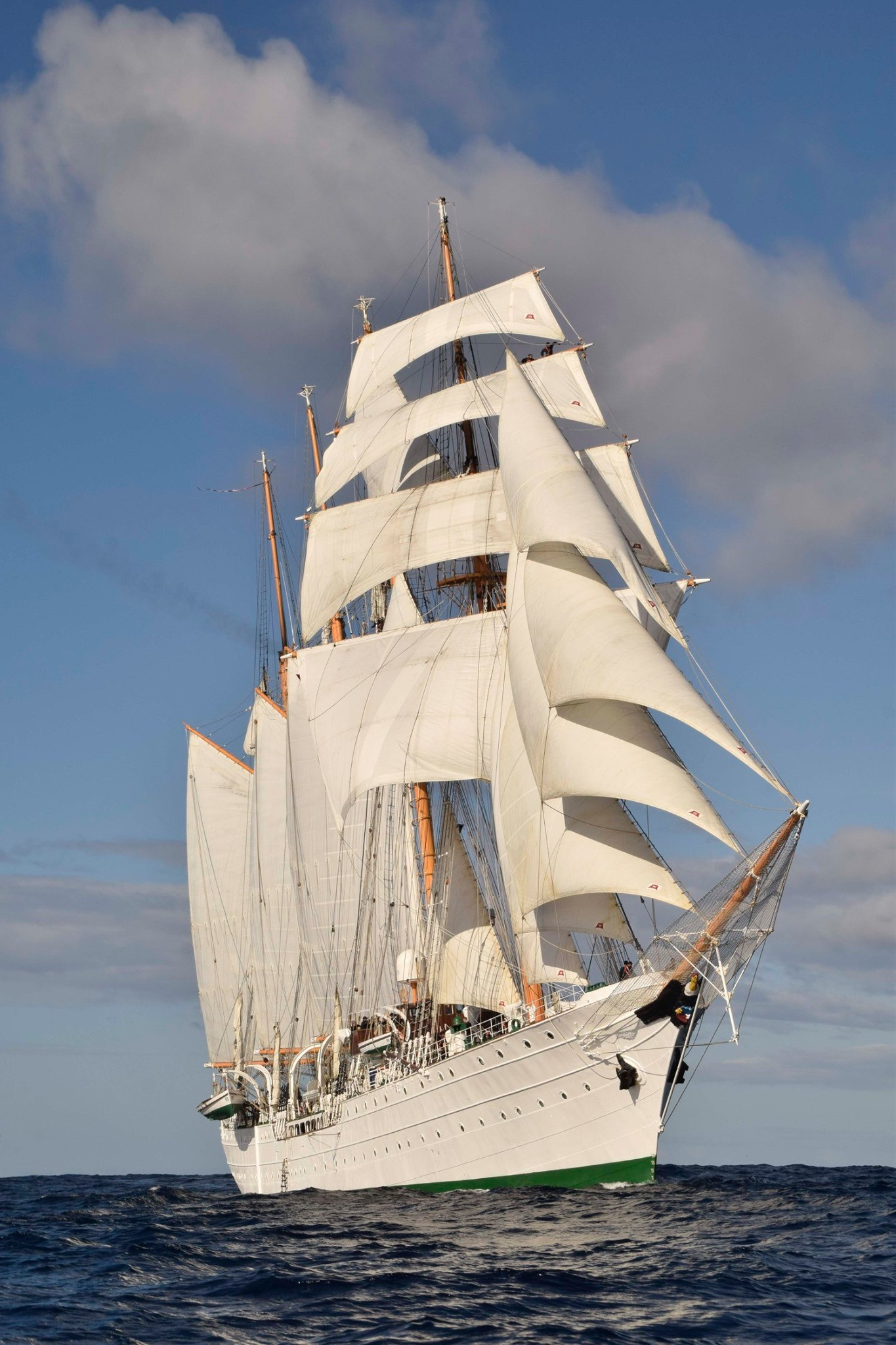 The Chilean navy's prized tall ship Esmeralda sailing to Sydney, Australia, after leaving Auckland, New Zealand, in July 2019.