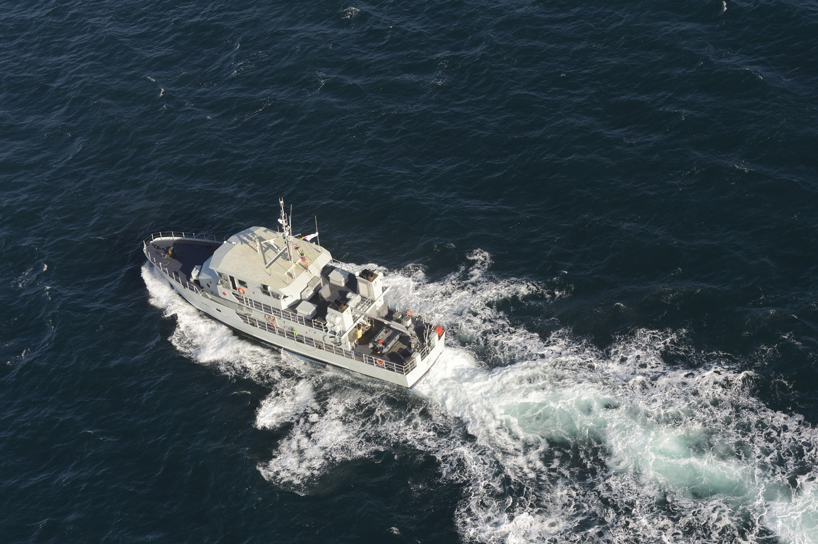 The Patrol Craft Training (PCT) Cougar sails in the in the Straight of Juan de Fuca during a PCT formation exercise on 14 February 2014.