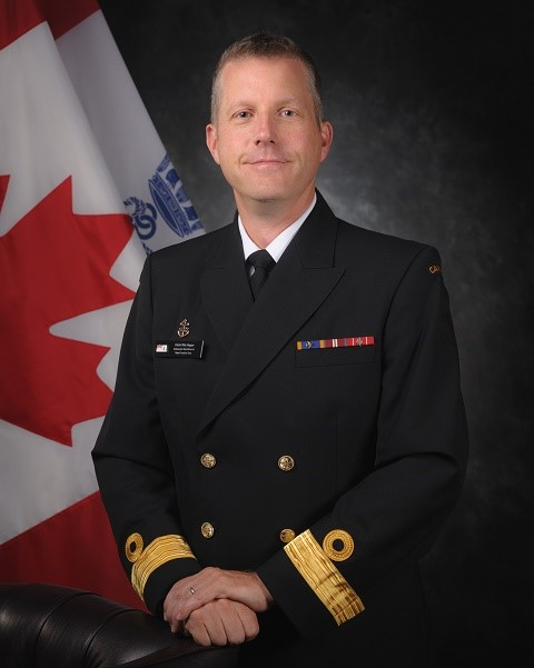 Commodore M. Hopper, CD